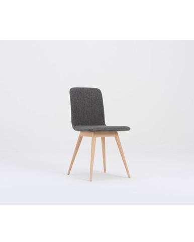Šedá jedálenská stolička s podnožím z dubového dreva Gazzda Ena