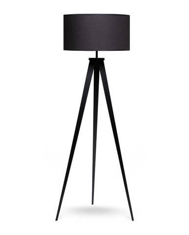 Stojacia lampa s kovovými nohami a čiernym tienidlom loomi.design Kiki