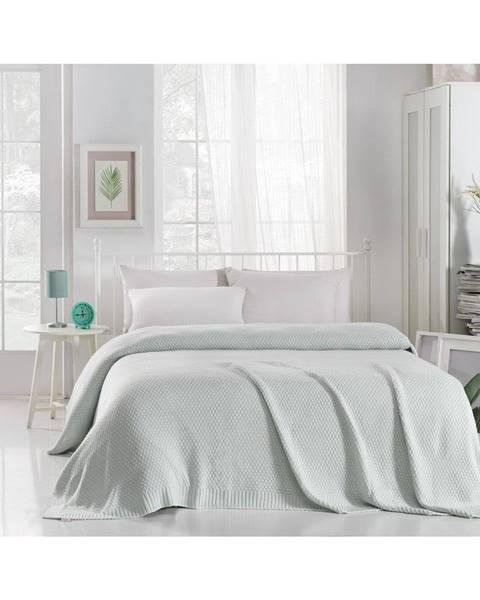 Homemania Mentolovomodrá prikrývka cez posteľ Silvi, 220 x 240 cm