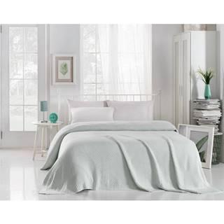 Mentolovomodrá prikrývka cez posteľ Silvi, 220 x 240 cm